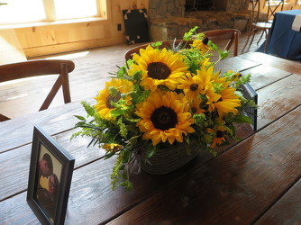 Table Centerpiece J1 from Carter's Flower Shop in Farmville, VA