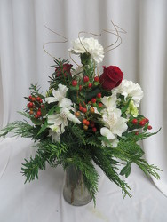 Traditional Christmas from Carter's Flower Shop in Farmville, VA
